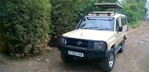 safari cars land cruisers